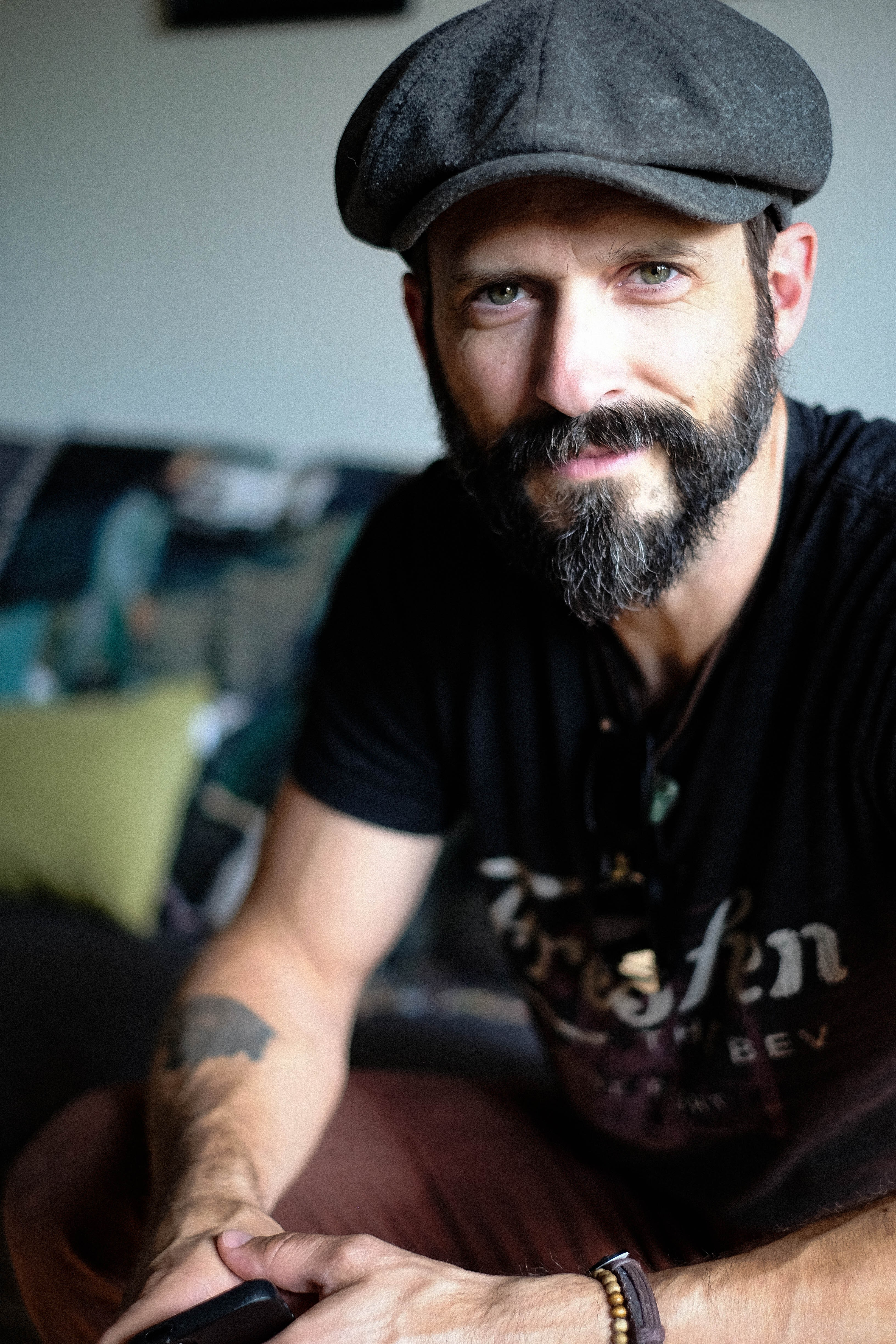An acoustic evening with Tony Lucca
